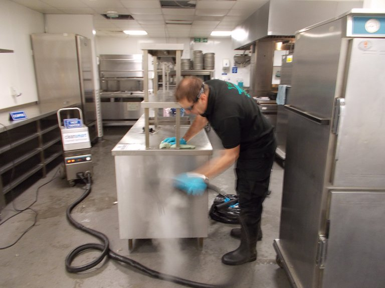 Industrial Kitchen Cleaning | Eastleigh | Southampton | DCS Cleaning ...